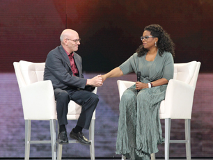 Oprah_with_Mark_2015